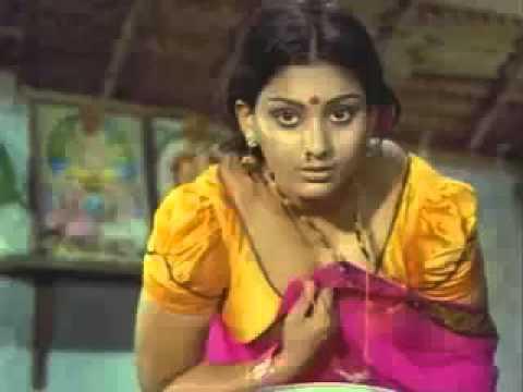 Deepa Unnimary bendin n showin n clevage   YouTube