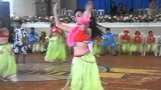 hawaiian dance (IVY ROSALES)