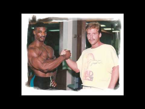 Rare pics of RONNIE COLEMAN (Including Highschool)