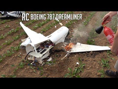 BRUTAL CRASH The last flight of my new RC Boeing 787