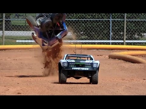 SCALE OFFROAD RC CRASHES