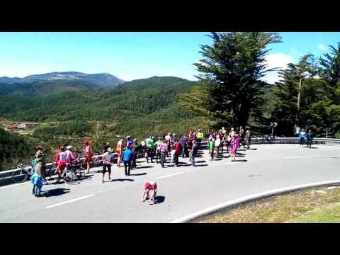 Accidente moto Guardia Civil Vuelta a Euskadi 2017 Erro