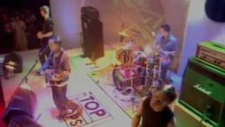 Travis - Why Does It Always Rain On Me? (Live At Top Of The Pops August 1999)