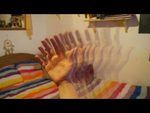 TRICK YOUR EYES INTO HALLUCINATING For 5 Minutes