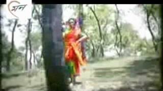 Monha amar uira uira jay - Film: Gonga Jatra