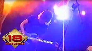 God Bless - Semut Hitam  (Live Konser Pekalongan 18 Agustus 2006)