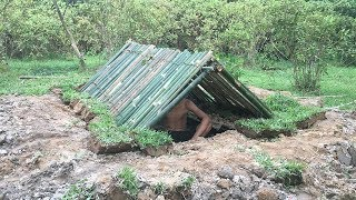 Primitive Technology: Build Mini Bamboo Underground House | 4k Video
