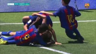Young Barcelona footballer scores incredible goal from midfield
