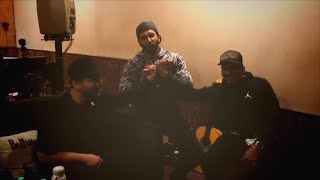 Gully Boy: Ranveer Singh performs 'anmol ratan' for rapper Divine and Naezy