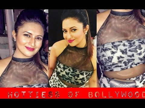 Xxx Mp4 Divyanka Tripathi Looking Hot And Sexy In Butterfly Black And White Dress 3gp Sex