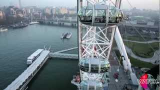 Jonathan Goodwin hangs from the London Eye