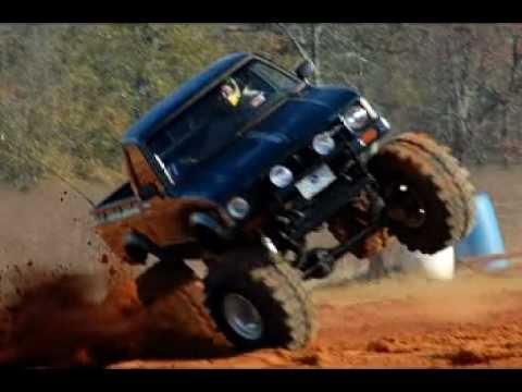 Trucks Gone Wild invades Twittys Mud Bog
