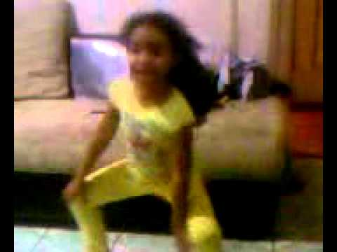 Video de niña bailando punta Honduras