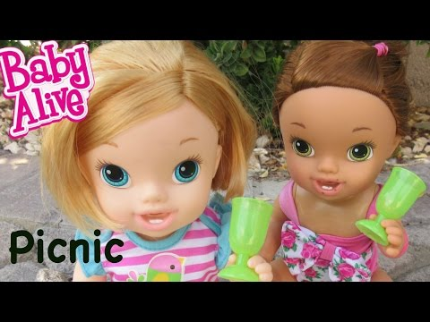 BABY ALIVE Darci And Annie Have A Picnic!