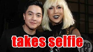 Vice Ganda takes selfie with Pambansang Bae Alden Richards: