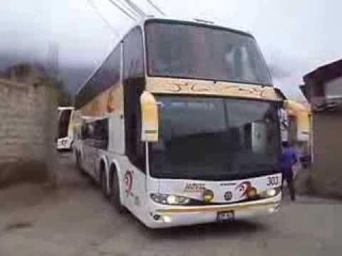 ESTACIONANDO BUS DE MOVIL TOURS