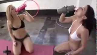 Super Hot Girls In Gym