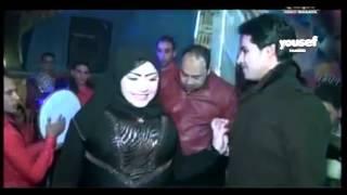 رقص بعبايه كويتي بنت في فرح مصري ™ لا يصلح الا للكبار فقط +18 ☛ ♥ مايسترو محمد حميد ✬ 2016