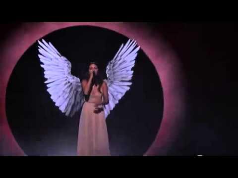 Selena Gomez - The Heart Wants What It Wants Live at AMA 2014