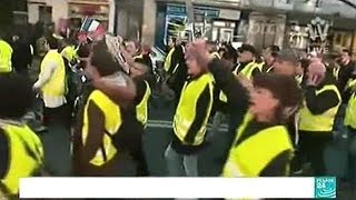 Massive YELLOW VEST Protests Against President Macron In Over 600 Cities Across France!