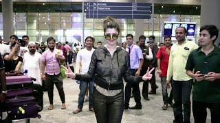 Kainaat Arora at Mumbai Airport returns back from IIFA Awards 2016.