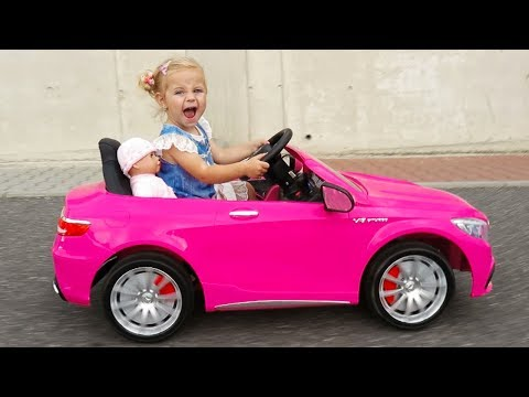 Xxx Mp4 Little Girl Elis Ride On Pink Mercedes Benz AMG 12V Power Wheel With Baby Doll And Thomas BMW 3gp Sex