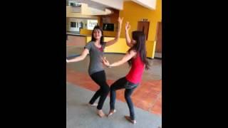 Desi Grils Dance....!!!