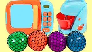 Learn Colors with Squishy Color Changing Mesh Balls & Toy Microwave Playset!