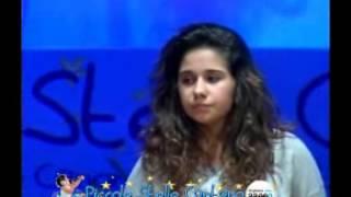 Maria Carolina Oliva, canta Come foglie
