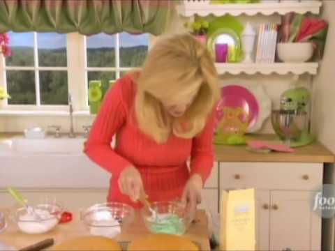 Sandra Lee Grandma Lorraine s Single Layer Birthday Cakes