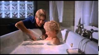 Flowers in the attic 1987 NEW TRAILER (3)