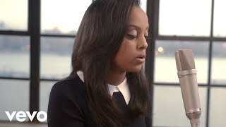 Ruth B. - Superficial Love (The Intro Live Sessions)
