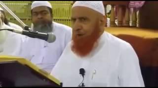 Syed Ata Ullah Shah Bukhari and a Barelwi Aalim by Moulana Makki in Masjid-E-Haram