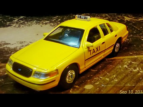 Welly  Ford Crown Victoria Taxi