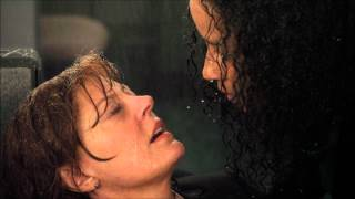 Susan Sarandon & Rae Dawn Chong - Lesbian Kiss