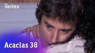 Acacias 38: Rosina le dice a Liberto que van a ser padres #Acacias617   RTVE Series