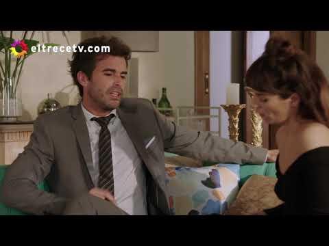 Lara está angustiada y Mateo sabe cómo hacerla sentir mejor