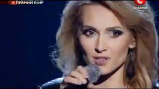 Aida Nikolaychuk - Rolling In The Deep (English subtitles)