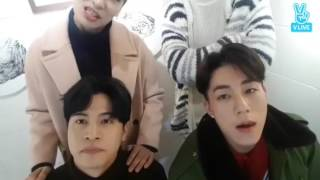 V LIVE/ENGSUB CROSS GENE MIRROR 전격공개!