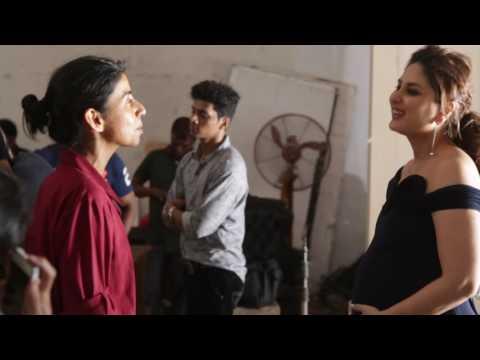Xxx Mp4 Behind The Scenes Cover Shoot With Kareena Kapoor Khan 3gp Sex