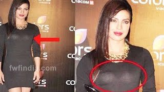 Wardrobe Malfunction:Bollywood Celebrities Like Deepika And Others Suffered Oops Moment