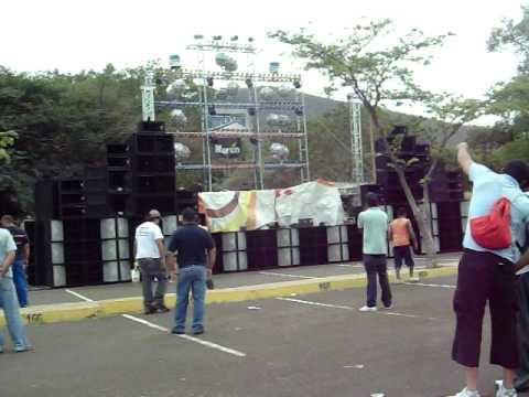 III FESTIVAL RETRO 80 COPA SNAKEPRODUCTION´S TRIDIMENSION EN PUERTO LA CRUZ