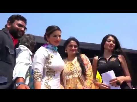 Xxx Mp4 Sunny Leoan Dance And Sapna Choudhary Competiton 3gp Sex