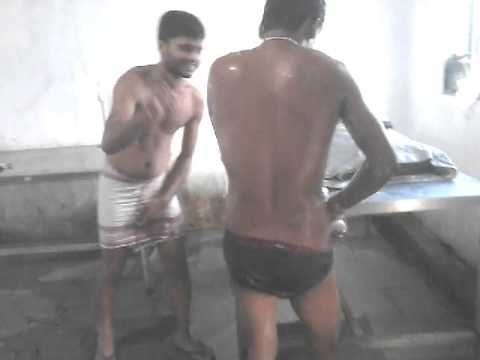 Xxx Mp4 Sexy Bathing Assamese Boys In Mumbai 3gp Sex