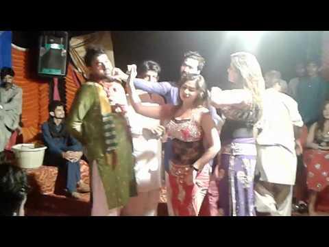 Xxx Mp4 Bilo Thumka Laga Sano Sab No Nacha Video Dance Mahek Malik Jalsa Maher Ali Hassan Lali 3gp Sex