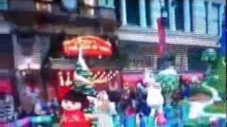 Ariana Grande singing at the Macy's Holiday Parade