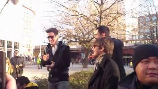 Big Time Rush flash concert in Berlin - MSBWY (part 1)