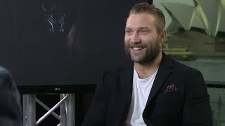Jai Courtney Loves Getting Nude