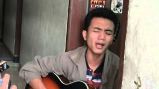Pengamen Suara Syahdu Cover Lagu Padang Takicuah Di Nan Tarang