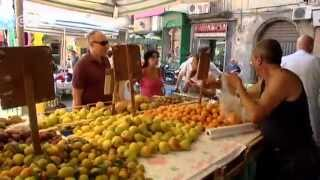 Naples: Living near Mount Vesuvius | Euromaxx city